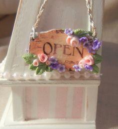 mini store sign