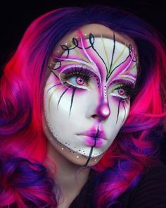 When you think about face painting designs, you probably think about simple kids face painting designs. Many people do not realize that face painting designs go beyond the basic and simple shapes that we see on small children. Extreme Makeup, Scary Makeup, Clown Makeup, Sfx Makeup, Cosplay Makeup, Costume Makeup, Makeup Art, Halloween Makeup, Makeup Carnaval