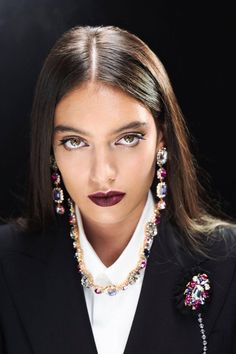 The Beauty Look for the Dolce&Gabbana Spring Summer 2018 Women's Fashion Show. #DGBeauty #makeup #DGSS18 #mfw #DGQueenof❤