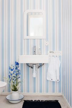 Den vita betongaltanen sätter stilen på sommarhuset - Sköna hem