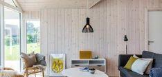 Klassisk sommerhus med unik beliggenhed og udsigt Home Technology, Divider, House Design, Curtains, Elegant, Room, Inspiration, Furniture, Home Decor