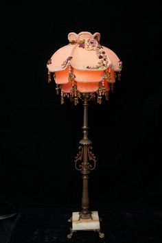 Victorian Lamps, Antique Lamps, I Love Lamp, Pink Table, Handmade Lamps, Cool Lamps, Dream Decor, Creative Decor, Lamp Shades