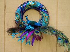 Peacock Wreath by ViennaSparkleWreaths Peacock Wreath, Peacock Decor, Peacock Colors, Peacock Art, Peacock Feathers, Peacock Ornaments, Peacock Christmas, Christmas Balls, Christmas Wreaths