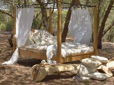 A Loja do Gato Preto | Ambientes @ Atmospheres #textiles #furniture #texteis #mobiliario #alojadogatopreto