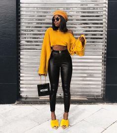 black women s fashion trainers Classy Outfits, Chic Outfits, Trendy Outfits, Girl Outfits, Fashion Outfits, Fashion Trends, Fashion Vest, Fashion Sandals, Fashion Styles