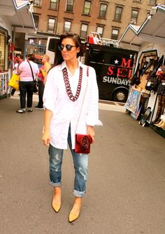 Jessica Michelle of Vice 'N Virtue Style wearing a Dareen Hakim handbag in New York City - September 2014.