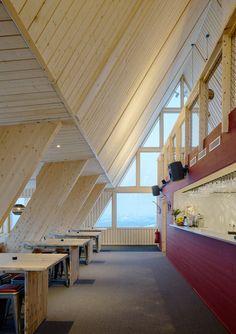 Galería de Restaurante de montaña Björk en Hemavan / Murman Architects - 3