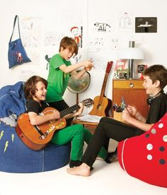 Creative space, cocoon Couture tween bean bags. https://www.cocooncouture.com/tween_bean_bags.php