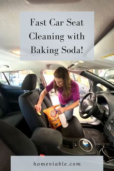 WIth this DIY carpet cleaning hack, you'll be able to clean your car seats with baking soda. This all natural remedy will have stains, dirt, and dust up out of your auto seats in not time #homeviable #carcleaning #bakingsoda #allnatural #DIY Cleaning Leather Car Seats, Cleaning Car Upholstery, Clean Car Seats, Bathroom Cleaning Hacks, House Cleaning Tips, Car Cleaning, Beauty Hacks With Baking Soda, Vinegar Cleaning Solution, All Natural Cleaning Products