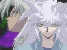 Nuevo Episodio / Capítulo     Yu-Gi-Oh! Duel Monsters 083   – El llamado de la muerte de Ouija Board  Bakura tiene un peculiar estilo de hacer creer al oponente que tiene la ventaja, cuando al final está realizando su plan, además de su plan de 200 episodios. Bakura logra poner a Yugi contra la pared -o contra los ojos y bocas :v-, además de empezar una cuenta regresiva para el final del duelo, ha logrado activar el Tablero Ouija con su mensaje de