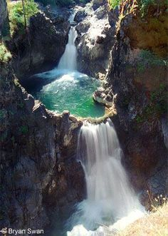 Little Qualicum Falls is located a short distance from the town of Parksville on the eastern shores of Vancouver Island, BC, Canada. Can't believe I visited Vancouver and didn't stop here. This looks like an absolute dream! Victoria Bc Canada, Victoria British Columbia, Oh The Places You'll Go, Places To Travel, Places To Visit, Camping Places, Photos Voyages, Canada Travel, Rocky Mountains