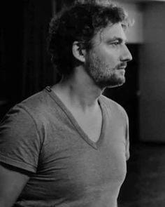 #jonaskaufmann #kaufmann #german #tenor #aria #opera #classicalmusic #belcanto #bravo #grandemaestro #voce #music #singer #ópera #instaclassical #instaopera #verismo #art #culture #legend #icon