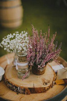 Shabby Chic Home Decor Round Wedding Tables, January Wedding, Green Table, Wedding Decorations, Table Decorations, Shabby Chic Homes, Wedding Designs, Flower Arrangements, Rustic Wedding