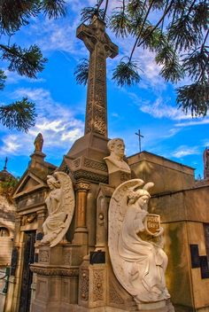 Untitled by Chris Taylor on 500px , La Recoleta Cemetery, Buenos Aires, Argentina