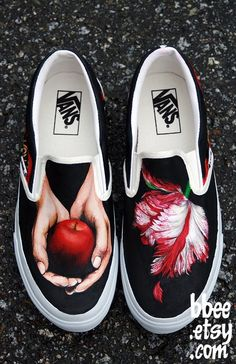 These shoes are Twilight themed on a pair of Vans slip ons. I painted the Twilight book cover on one shoe, and the New Moon cover on the other shoe. Twilight Film, Twilight Quotes, Twilight Pictures, Twilight Saga Books, Twilight Breaking Dawn, Tenis Vans, Vanz, Converse, Hand Painted Shoes