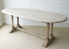 19th century Belgium table, Tone on Tone