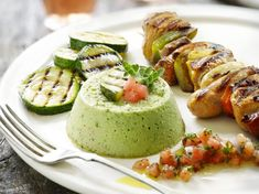 Courgetteflan So, flan of asparagus and courgette works, so what about spruitjes flan . Recipe Images, Avocado Toast, Gourmet Recipes, Pesto, Asparagus, Zucchini, Sushi, Side Dishes, Bbq