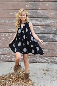 Now Watch Me Whip: The skater in me never leaves and neither does my love of movement in clothing. Tara Lipinski Olympics, Now Watch, Athletic Women, Female Athletes, Free People Dress, Sports Women, Ava, Fashion Beauty, Beautiful Women
