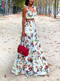 Women Sexy Printed Colour Two Piece High Waist Dress – maxi dress casual outfit,vacation maxi dress,womens long maxi dress,maxi dress summer casual,floral maxi dress Source by EBUYCHIC Dresses Dress Dior, Casual Summer Dresses, Dress Summer, Dress Casual, Casual Skirts, Women's Casual, Floral Maxi Dress, Maxi Dresses, Floral Lace