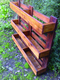 If you are looking for Diy Projects Pallet Garden Design Ideas, You come to the right place. Here are the Diy Projects Pallet Garden Design Ideas. Diy Planters Outdoor, Garden Planters, Outdoor Gardens, Planter Ideas, Garden Table, Balcony Garden, Diy Planter Stand, Outdoor Plant Stands, Urban Planters