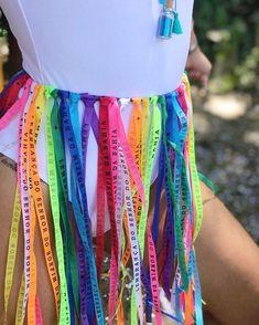 Find out more ideas about Praise outfits, Raver bones and Fest clothes. Coachella Fashion Outfits, Rave Outfits, Music Festival Outfits, Music Festival Fashion, Fashion Music, Fantasy Party, Pride Outfit, Festival Looks, Festival Style