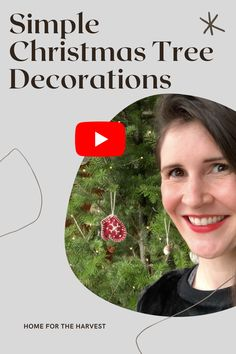Here are some easy handmade DIY tree ornaments and garlands to make with natural materials #Christmas #ChristmasTree #Decor #DIY Natural Christmas, Modern Christmas, All Things Christmas, Christmas Fun, Simple Christmas Tree Decorations, Christmas Tree Ornaments, Eco Friendly House, Homemade Crafts, Christmas Inspiration