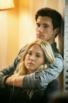 "'Falling Skies' season 3 premiere photos from ""On Thin Ice"" - via examiner.com"