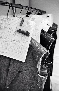 fashion design behind the scenes // Francesco Smalto ♦cM Tailoring Techniques, Techniques Couture, Sewing Techniques, Design Management, Tailor Shop, Bespoke Tailoring, Couture Sewing, Sewing Studio, Fashion Studio