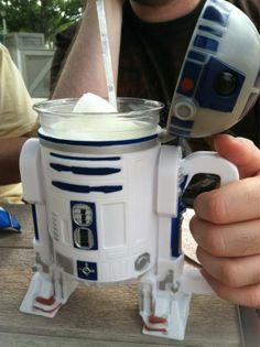 Chillin' with R2