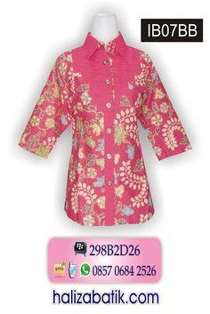 Baju batik bahan katun primisima, model lengan 7/8 berkancing depan. Rp 90.000,- Order via SMS 085706842526