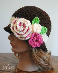 Free Spring Crochet Pattern- Red Heart Spring Blossom Cloche @Lorene Eppolite