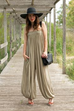 harem jumpsuit + floppy hat