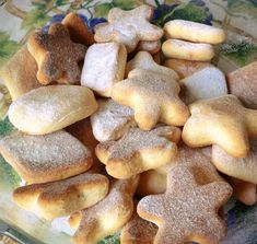 Biscuiți cu smântână Baby Food Recipes, Sweet Recipes, Healthy Recipes, Delicious Deserts, Yummy Food, Party Desserts, Dessert Recipes, Romanian Desserts, Recipes From Heaven