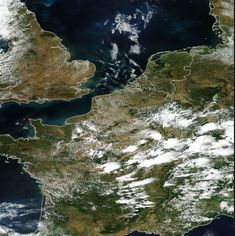 "It's been a rather cool summer in much of Europe so far. And just before some hot weather is about to sweep across Central Europe starting tomorrow, winter made a brief comeback – at the peak of summer – in the Alps! Image for illustration only. Source: NASA Snow down to 2300 meters ""At high […]  #CoolingTemperature, #Weather World Weather, Weather Update, Media Bias, Seasons Of The Year, Central Europe, Global Warming, Slammed, Alps, Nasa"