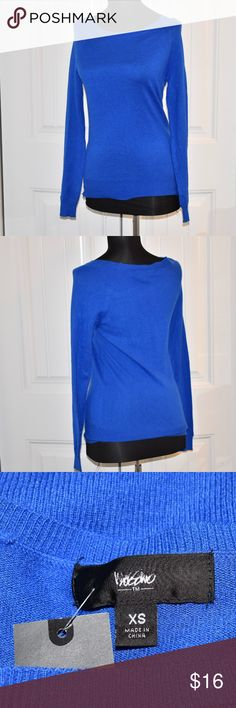"Blue Sweater Top Size XS NWT XS 32"" Bust 26"" Long 25"" Sleeve New With Tags Mossimo Supply Co. Sweaters"