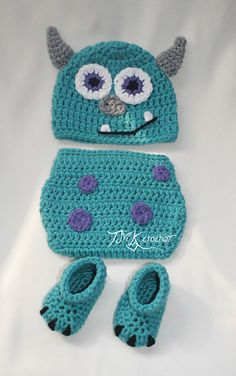 Crochet Monster Hat and Diaper Cover Set Pattern. by TMKCrochet Crochet Baby Clothes, Crochet Baby Hats, Crochet Slippers, Crochet For Kids, Baby Knitting, Monsters Inc Crochet, Crochet Monster Hat, Crochet Crafts, Crochet Yarn