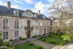 Hôtel des Tailles, un reportage du magazine de décoration 'e-magDECO'