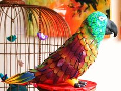 papegaai gemaakt van zelfdrogende klei en fimo