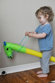 DIY: Summertime Stick Horses