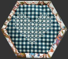 ◈ Chicken Scratch hexagon from Gipsy Quilt's Beequilt. ◈