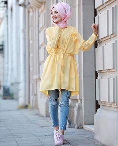 ❤Miss αesɦ ❤ Muslim Women Fashion, Modern Hijab Fashion, Street Hijab Fashion, Islamic Fashion, Abaya Fashion, Modest Fashion, Fashion Outfits, Fashion Muslimah, Women's Fashion