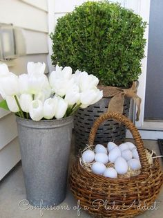 Creative Spring Fixer Upper Ideas including rustic metals, moss, bunnies, eggs and distressed woods. decorating spring front porches DIY Easter Decorations ideas that are happy & hopeful - Hike n Dip Seasonal Decor, Holiday Decor, Spring Home Decor, Spring Decorations, Easter Outside Decorations, Decoration Crafts, Ideas Geniales, Easter Crafts, Easter Decor