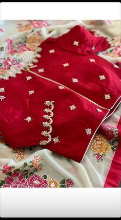 Pattu Saree Blouse Designs, Half Saree Designs, Blouse Designs Silk, Bridal Blouse Designs, Blouse Patterns, Traditional Blouse Designs, Simple Blouse Designs, Stylish Blouse Design, Simple Designs