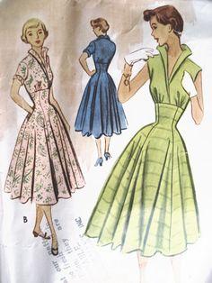 1950s BEAUTIFUL DRESS PATTERN FAB STAND UP COLLAR McCALLS 8835