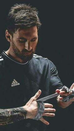 Lional Messi, Messi Vs Ronaldo, Messi Fans, Barcelona Players, Fc Barcelona, Madrid Wallpaper, Lionel Messi Wallpapers, Football Wallpaper, Neymar Jr