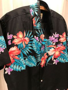 74beae72a 70's Made in Hawaii Men's Polyester Black Bright Aloha Big Collar Shirt XL # Hawaiian #