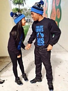 They be rocking their couple outfit .Their swag is off the hook