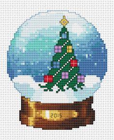 Snowball .Christmas Tree free cross stitch pattern