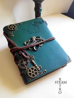 Journal en cuir Steampunk kraken - livre vintage style d'or de mariage - accessoires Steampunk
