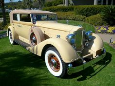 Gatsby's cream colored Rolls-Royce convertible.